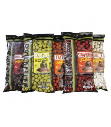 Dynamite 2 kilo boilies 20 mm Strawberry blast shelf life
